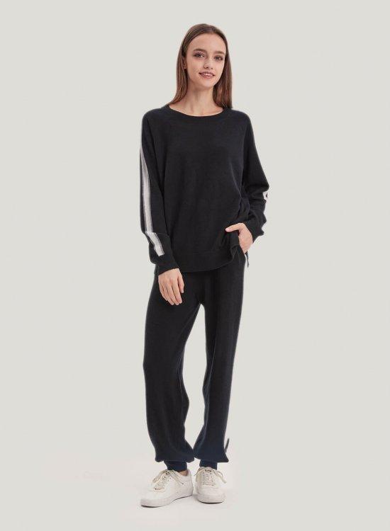 Side-Stripe 100% Wool Set